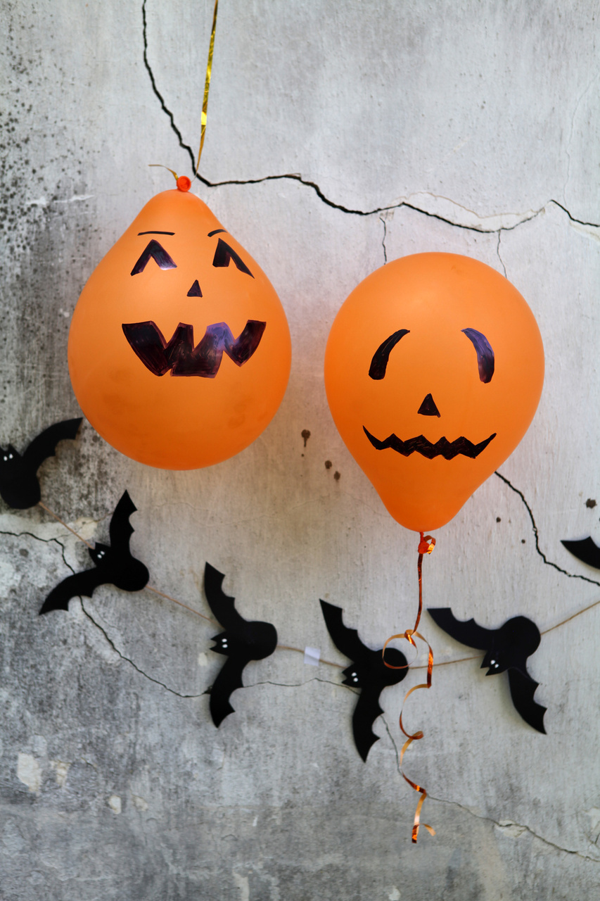 Black and Orange Themed Kids Halloween Party